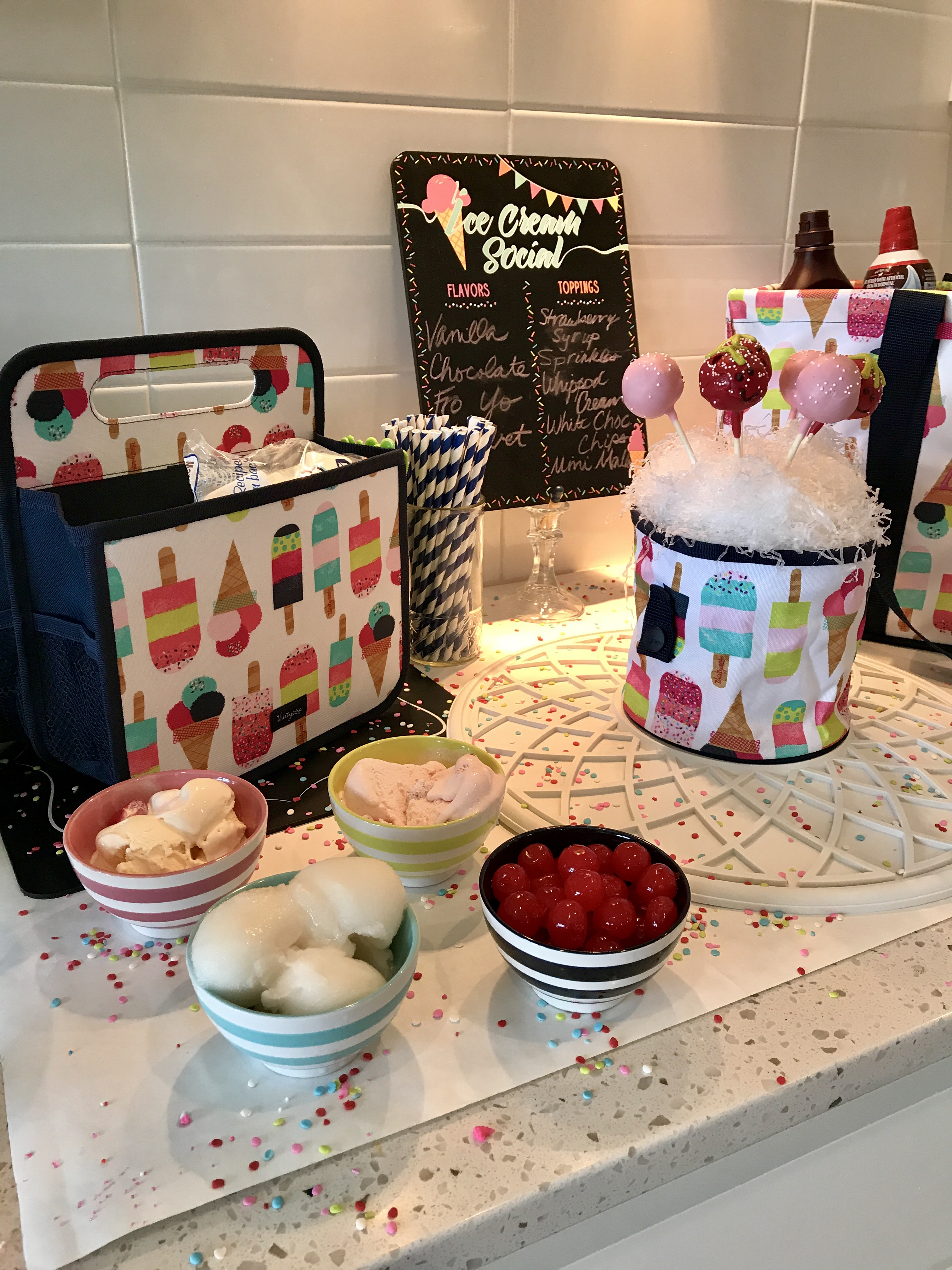Oh snap bin ideas - Double Duty Caddy And Oh Snap Bin With The Get The Scoop Bowl Set By
